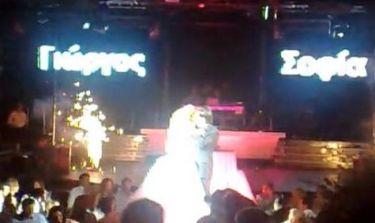 VIDEO : Το τραγούδι που αφιέρωσε ο Λεμπέσης στη γυναίκα της ζωής του