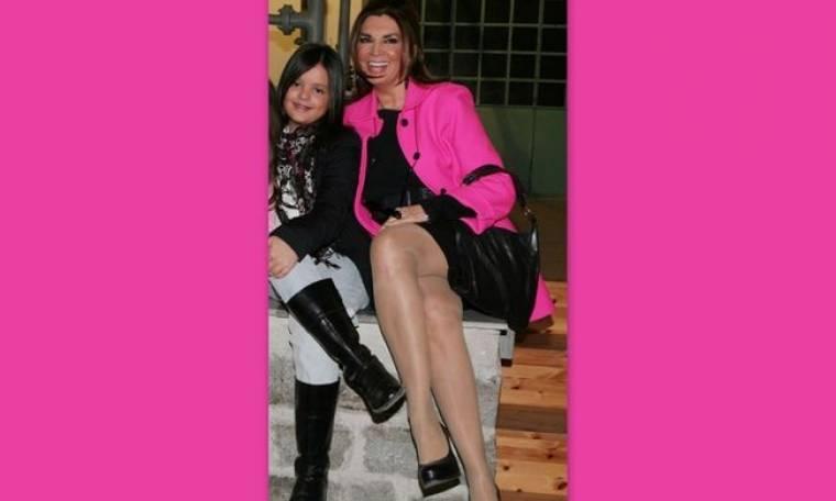 «Μαθαίνω στην κόρη μου, ότι δεν πρέπει να κοροϊδεύει κάποιον που είναι γκέι», δήλωσε η Μιμή Ντενίση