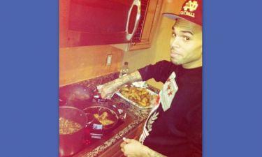 Ο Chris Brown μαγειρεύει