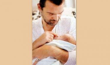 Κωνσταντίνος Καζάκος: Εξομολογείται τι έκανε την ώρα που γεννιόταν το γιος του