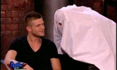 Ένα φάντασμα στο πλατό της εκπομπής του Κωστόπουλου