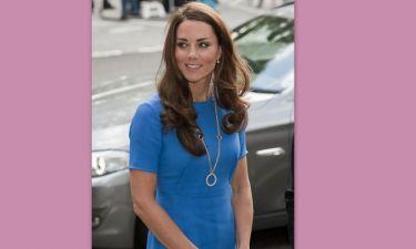 Kate Middleton: Πάρτε βαθιά ανάσα και διαβάστε πόσο κοστίζει το κόσμημά της!