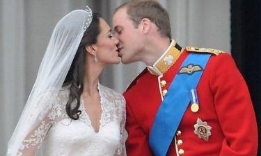 Η Kate και ο William περιμένουν το πρώτο τους παιδί! Επίσημη ανακοίνωση από το παλάτι