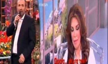 Λαζόπουλος για Ντενίση: «Αν είμαι τόσο τυχερός μπορεί να με πάρει και στον θίασό της»