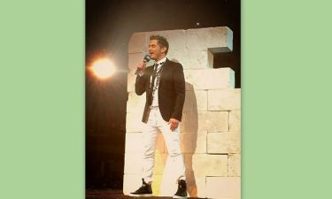 Madwalk: Η εκκεντρική εμφάνιση του Χατζηγιάννη