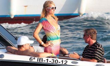 Paris Hilton: Έχω και κότερο, πάμε μία βόλτα;