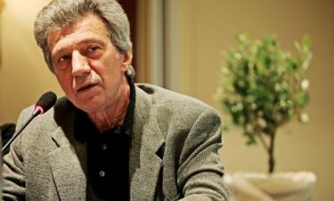 Γιάννης Φέρτης: «Δεν κάνω κάτι για να δείχνω νεότερος. Έτσι έτυχε να είμαι»