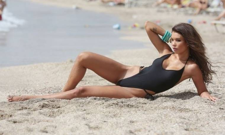 Η  Βάσω Βιλέγκας πιο sexy από ποτέ