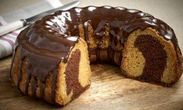 Συνταγή για το πιο λαχταριστό κέικ της στιγμής