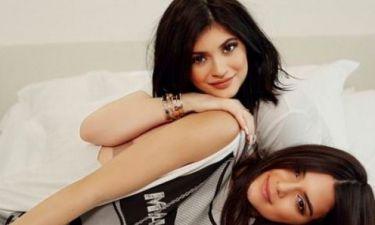 Τι κάνουν η Kylie και η Kendall Jenner για να ξυπνούν με τέλεια επιδερμίδα;