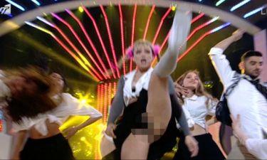YFSF 3: Το σέξι ατύχημα της Josephine ως Britney Spears