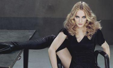 H Madonna γυμνή στη… μπανιέρα!
