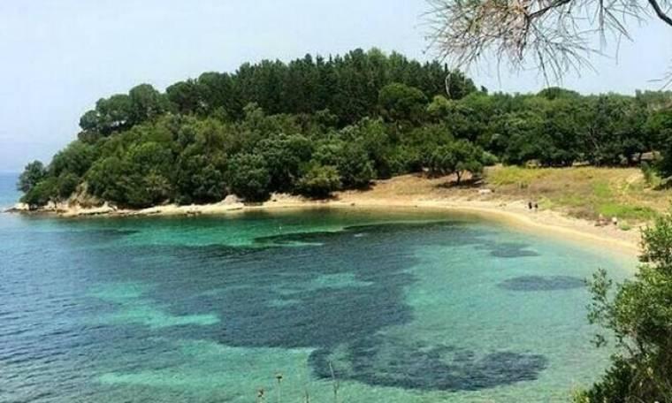 Βουτιά στις πιο όμορφες παραλίες της Κέρκυρας