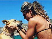 Kατερίνα Λάσπα: Διακοπές στο Νησί των Ανέμων