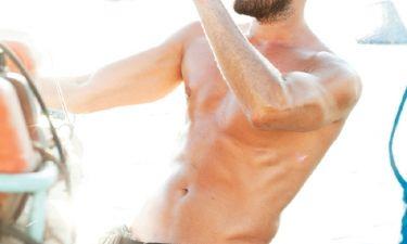 Οι «πιπεράτες» αποκαλύψεις πρωταγωνιστή του Μπρούσκο: «Έχω κάνει σεξ εν ώρα πτήσης…»