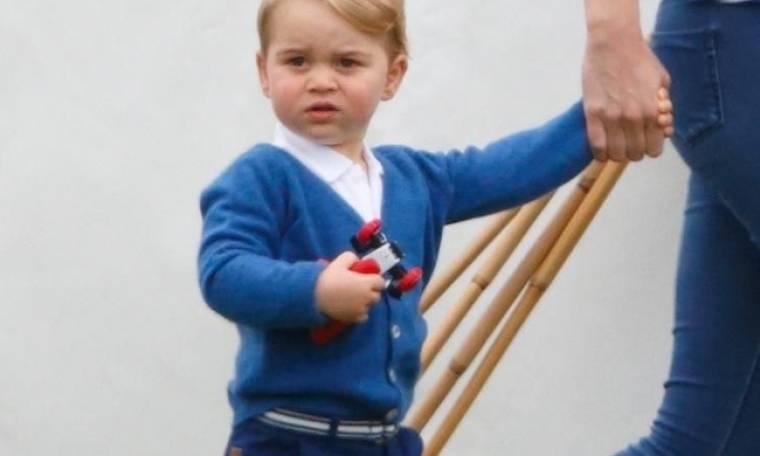 Γιατί ο πρίγκιπας George φοράει μόνο… σορτσάκια; Θα εκπλαγείτε