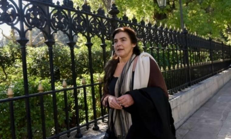 Άγριο κράξιμο στην Κονιόρδου: «Είσαι ηλίθια, κοπέλα μου. Καρα-ηλίθια»
