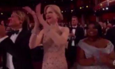 Η Nicole Kidman απαντά για το… παράξενο χειροκρότημά της
