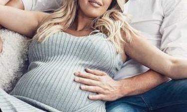 Baby boom: Το διάσημο ζευγάρι μόλις καλωσόρισε το πρώτο του παιδάκι