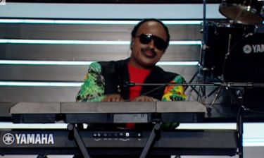 YFSF: Ο Ησαΐας Ματιάμπα έγινε… Stevie Wonder