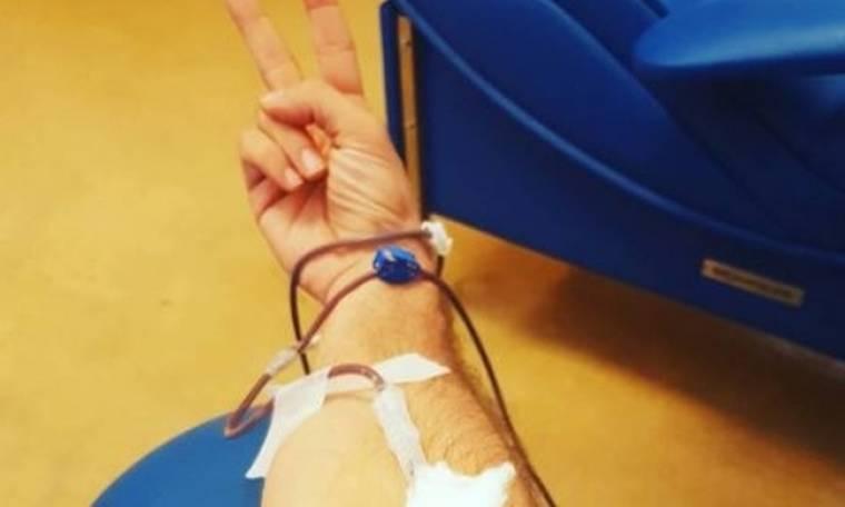Γνωστός ηθοποιός στο νοσοκομείο για να δώσει αίμα
