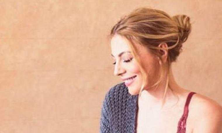 Η Σμαράγδα Καρύδη ποζάρει με εσώρουχα και ρίχνει το Instagram