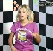 Δείτε τη Λάουρα Νάργες πριν από 9 χρόνια με κοντά μαλλιά να κάνει εκπομπή!