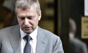 Κινδυνεύει να τιναχτεί στον αέρα το επιχειρηματικό σχέδιο του Ριμπολόβλεφ στον Σκορπιό