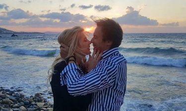 Ο Στράτος Τζώρτζογλου έκανε πρόταση γάμου στην αγαπημένη του και ιδού το βίντεο