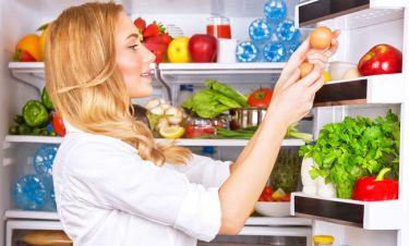 Συντήρηση αυγών: Γιατί δεν πρέπει να τα βάζετε στην πόρτα του ψυγείου