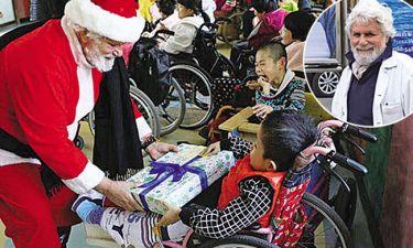 Έλληνας Άγιος Βασίλης στην Κίνα!