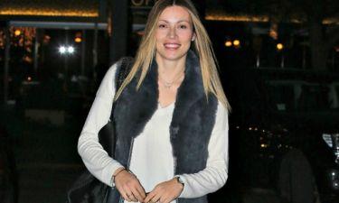 Η Μαριέττα Χρουσαλά ανακοίνωσε ότι γεννά με μία τρυφερή φωτό