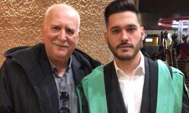 Γιώργος Παπαδάκης: Η φωτό από την ορκωμοσία του γιου του