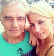 Συγκλονίζει η Παπακωστοπούλου: «Ο μπαμπάς μου δεν άκουγε τις κραυγές και τα κλάματά μου, είχε φύγει»