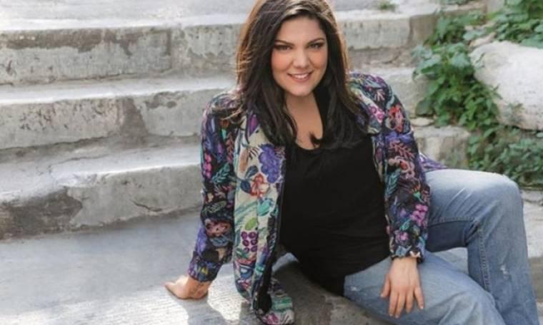 Δανάη Μπάρκα: «Δεν σκέφτομαι τον γάμο. Θέλω μόνο να παίζω θέατρο»
