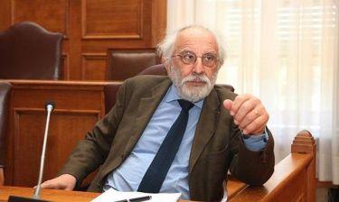 """Αλέξανδρος Λυκουρέζος: «Αποφεύγω τον όρο """"σεξουαλική"""" και προτιμώ το """"αισθησιακή""""»"""