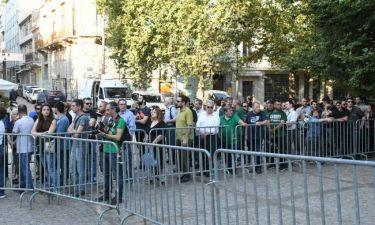 Παύλος Γιαννακόπουλος: Τεράστια συγκίνηση στο λαϊκό προσκύνημα στη Μητρόπολη Αθηνών (pics)