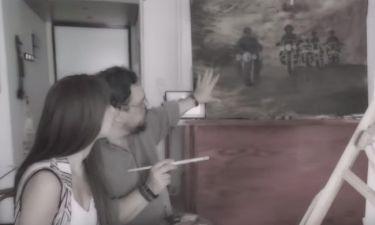 Δείτε σε ποια τραγουδίστρια ο Λαυρέντης Μαχαιρίτσας παραδίδει μαθήματα ζωγραφικής