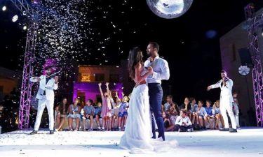 Γάμος Τανιμανίδη-Μπόμπα: Η απίστευτη ατάκα του γαμπρού στη νύφη και τα γέλια των καλεσμένων