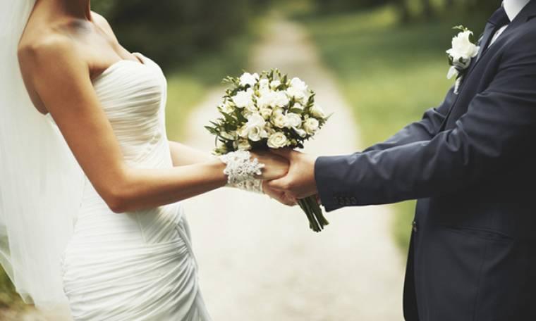 Γνωστή παρουσιάστρια παντρεύεται σε λίγες ώρες στην Ανάβυσσο
