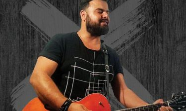 Ηλίας Καμπακάκης: Ξεκινάει τα Κυριακάτικα απογευματινά του live στη Θεσσαλονίκη
