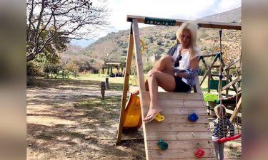 Ελένη: Η νέα φωτό από τα Άχλα, οι ελιές, η στάμπα στο μπλουζάκι της και η... Μαρίνα