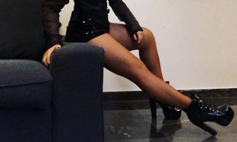 Η σέξι πόζα γνωστής Ελληνίδας ηθοποιού