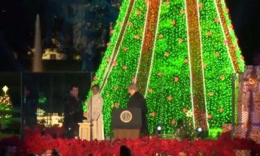 Melania Trump - Donald Trump: Άναψαν το χριστουγεννιάτικο δέντρο