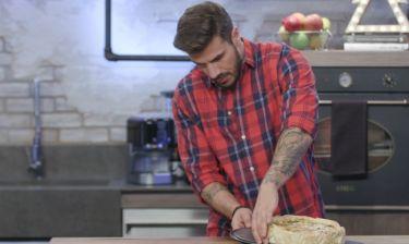 Kitchen Lab: Ο Άκης Πετρετζίκης προετοιμάζει πρωτότυπες συνταγές