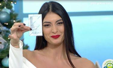 GNTM: Η Εύη Ιωαννίδου έδειξε την ταυτότητά της και έστειλε το μήνυμά της στην Καινούργιου