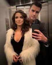 Κατερίνα Γερονικολού: Η selfie με τον Τσιμιτσέλη στο ασανσέρ (pic)
