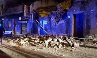 Τρόμος στην Κατάνια από τα 4,8 Ρίχτερ – Κατέρρευσαν κτήρια, εγκλωβίστηκαν κάτοικοι (vids)