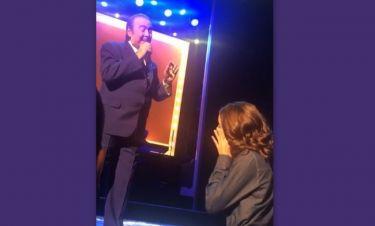Συγκινεί ο Τόλης Βοσκόπουλος – Η αφιέρωση στην κόρη του και τα κλάματα!