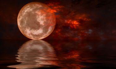 Ματωμένο φεγγάρι: Οι μύθοι και οι θρύλοι που το συνοδεύουν